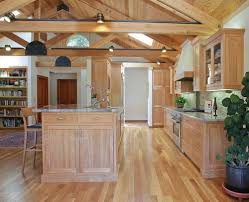 honey oak kitchen cabinets with wood floors bestlaminate wood floors with oak cabinets