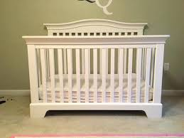 How To Convert A Crib Into A Toddler Bed Delta Crib Toddler Bed Conversion Kit To Rails Graco Rail
