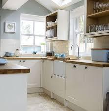 cream kitchen cabinets what colour walls cream kitchen cabinets gray walls google search kitchen wall