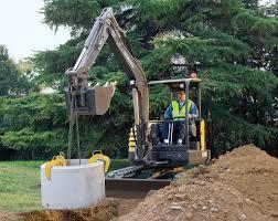 volvo na volvo ecr48c compact excavator lifting concrete drain flickr