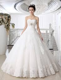 robe de mariage 2015 robe de mariée boule en tulle blanc avec perles encolure en coeur