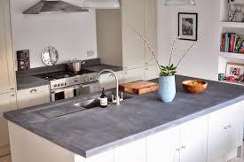 avec quoi recouvrir un plan de travail de cuisine recouvrir carrelage cuisine plan de travail quelle peinture pour