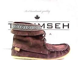 womens moccasin boots size 11 brand s canadian brown suede moccasin boots sizes 8 11