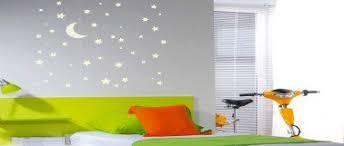 pochoir chambre bébé 7 déco murales pour chambre enfant à faire soi même