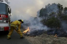 California Wildfires Burn Cars by Winds Whip New Terror Into Deadly California Wildfires U S News