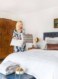 How To Arrange Pillows On King Bed Neutral Bed Styling Our Staged Guest Suite Emily Henderson