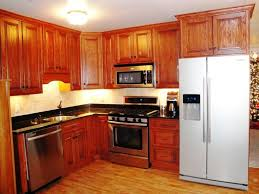 how to refinish oak kitchen cabinets oak kitchen cabinets spruce up ideas with elegance and versatility