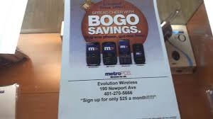black friday metro pcs phones bogo sale at metro pcs buy one get one free youtube