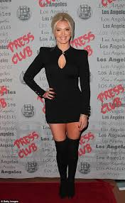 how does yolanda foster do her hair yolanda foster flies into new york with real housewives of beverly