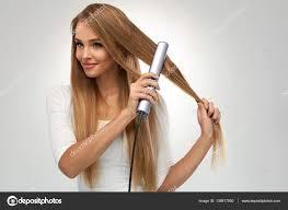 Frisuren Lange Haare Br Ett by Haar Schöne Frau Ein Bügeleisen Brett Langes Haar