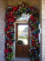 christmas door decor too big for me so i will be making a