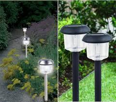 solar landscaping lights outdoor lawn solar lights 18 inches high black heatproof gl shade led