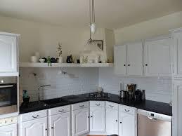 cuisine rustique blanche comment moderniser une cuisine rustique eleonore déco