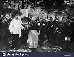suppenk che berlin suppenküche der heilsarmee in berlin 1923 stockfoto bild