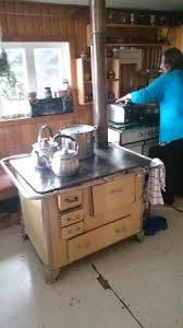 holzherd küche küche mit holzherd picture of hospedaje caucahue ancud