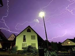 Ein Haus überspannung Wie Sich Ein Haus Vor Blitzen Schützen Lässt Haus