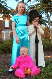Halloween Costumes For Families Of 4 99 Best Halloween Images On Pinterest Halloween Costumes Html
