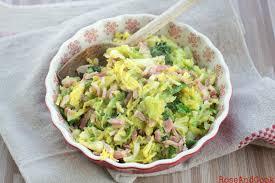 comment cuisiner le chou vert chou vert frisé sauté aux lardons recette mais que faire de ce