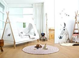 chambre cabane enfant cabane enfant chambre incroyable deco chambre enfant garcon 5 un