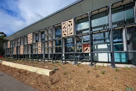 glen street library northern beaches council