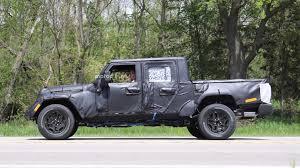 jeep wrangler 4 door pickup 2019 jeep scrambler pickup truck getting removable soft top