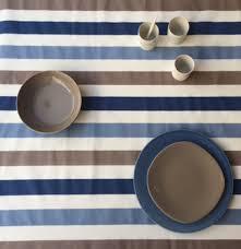 nappe ronde tissu enduit tissu en coton enduit rayure taupe bleu à 32 50 u20ac le mètre