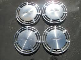 Vintage Ford Truck Hubcaps - used ford thunderbird hub caps for sale