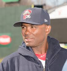 red sox promote sea dogs manager to become third base coach