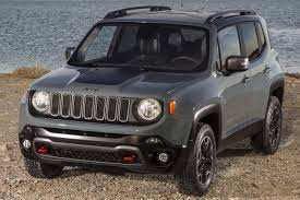 new jeep renegade black 7 things you should know about the jeep renegade