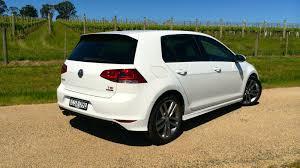 volkswagen hatchback 2015 2015 volkswagen golf r line review 103tsi caradvice