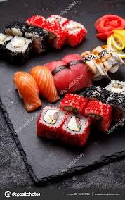 jeu de cuisine sushi cuisine japonaise jeu de sushi photographie ostancoff 140979276