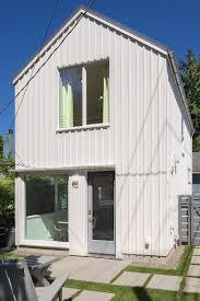Backyard Cabin by This Modern Backyard U0027cabin U0027 Is An Urban Oasis In Green Lake