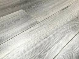 Cleaning Laminate Wood Floors With Vinegar Pergo Laminate Wood Flooring Philippines Floor Cleaner Tips