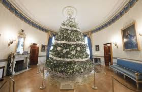 last obama u0027s holiday decorations at the white house
