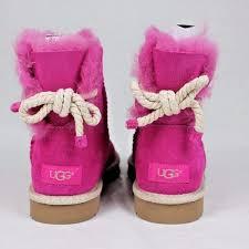 womens ugg selene mini boot 41 ugg shoes ugg selene nautical bow fuchsia size 10