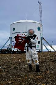Arkansas how long does it take to travel to mars images Photos video university of arkansas student returns from 39 mars jpg
