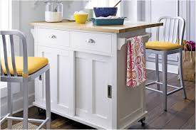 kitchen islands to buy small mobile kitchen islands buy 6 portable kitchen islands to