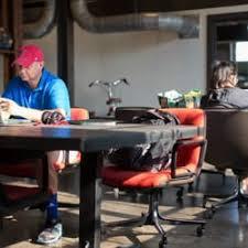 Common Desk Deep Ellum Common Desk Oak Cliff 51 Photos Shared Office Spaces 633 W