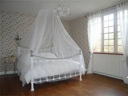 Canopy Bedroom Sets Romantic Canopy Bedroom Sets Brown Varnished Wooden Chair White