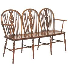 Antique English Windsor Chairs English Oak And Elm Windsor Bench At 1stdibs