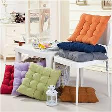 cuscini per arredo cuscini per sedie arredamento casa tipologie di cuscini per sedie