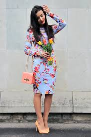 what shoes to wear with blue floral dress