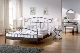 Schlafzimmer Ideen Mit Schwarzem Bett Schlafzimmer Schönes Ikea Bett Bettgestell Aus Metallbett 140x