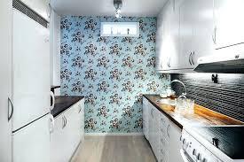 papier peint pour cuisine blanche cuisine papier peint une cuisine blanche au papier peint bleu a