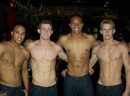 hollister black friday 2017 a u0026f hollister to celebrate black friday with shirtless guys
