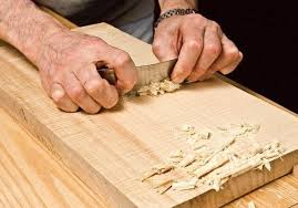 what is the best tool to carve on wood easily for the beginners