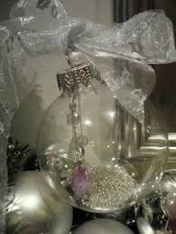 Clear Christmas Ornaments Bulk Uk by How To Make Your Own Diy Christmas Baubles Diy Christmas Baubles