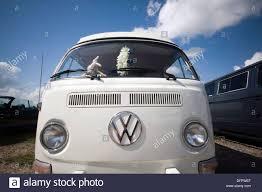 volkswagen minivan 1960 vw bus stock photos u0026 vw bus stock images alamy