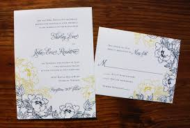 silver and white invitations top tips for choosing your wedding invitations this years weddingood