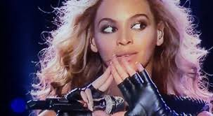 beyonce illuminati was beyoncé s bowl show sign to illuminati